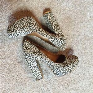 Gianni Bini Leopard Heels